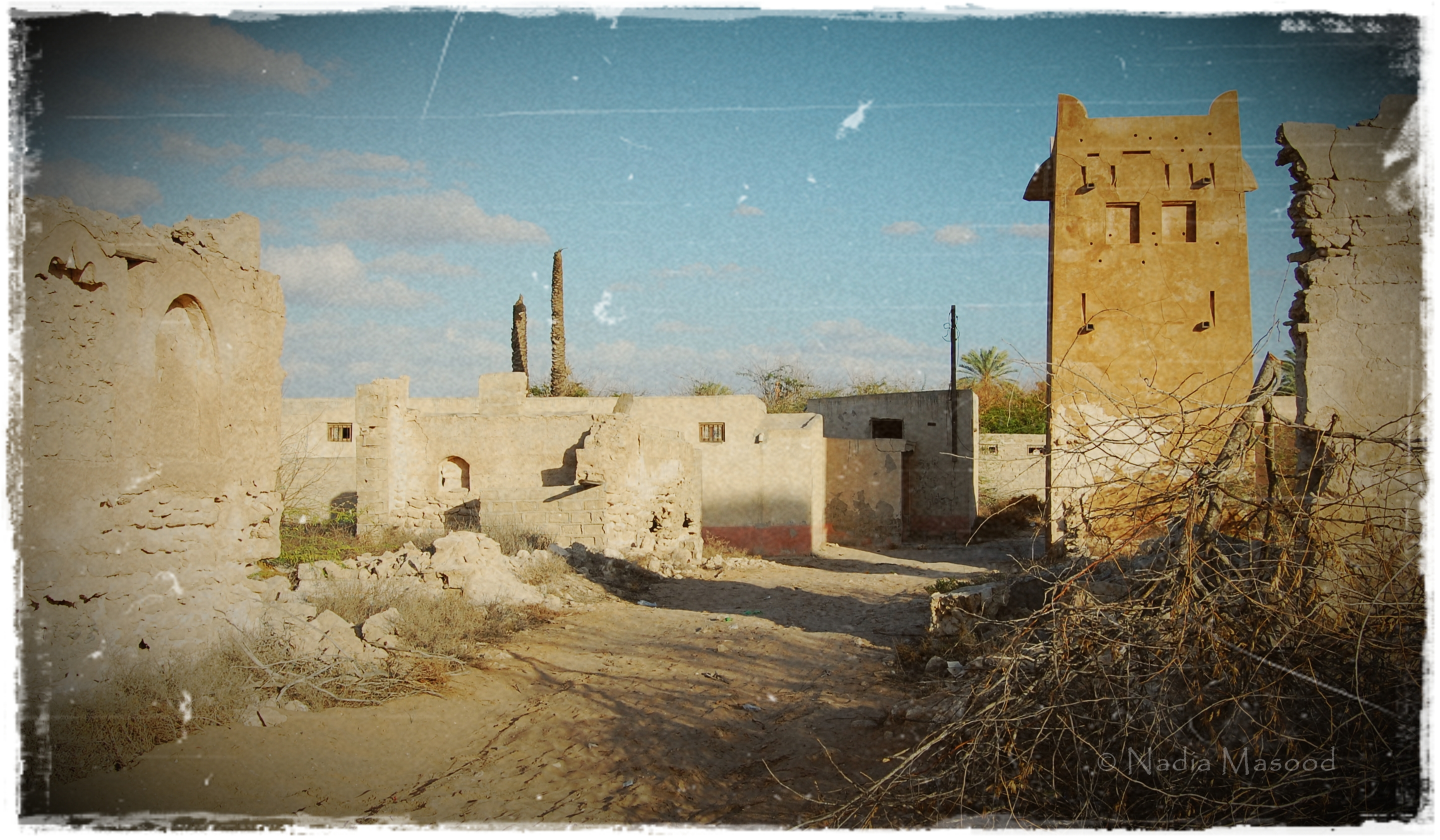 Jazirat Al Hamra Ghost Town Or A Crumbling Piece Of